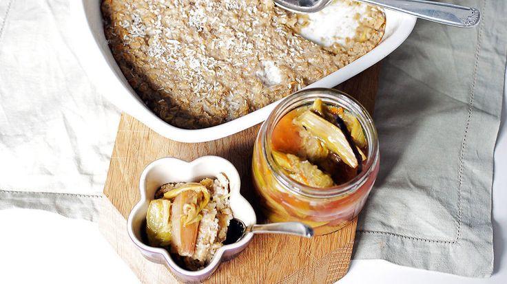 Ukens matblogg: Ovnsbakt havregrøt med rabarbrakompott - Godt.no - Finn noe godt å spise
