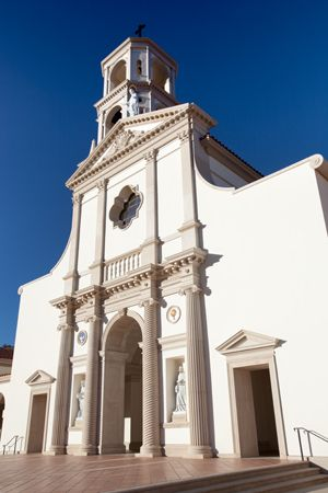 Thomas Aquinas College Chapel by Duncan Stroik.