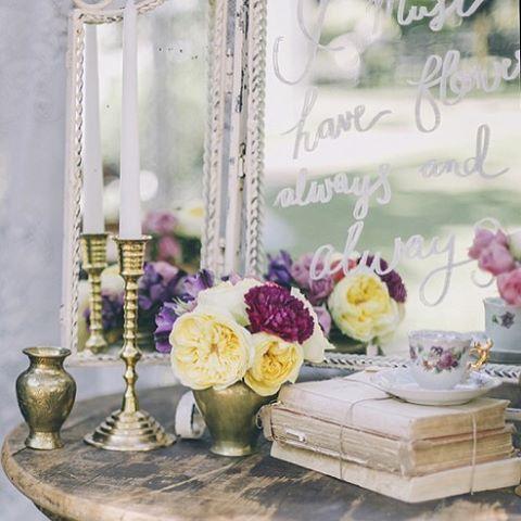 Sneak peek from a fabulous upcoming feature called 'florals and frills' by @carike01 @lovileedsigns @moidecor @lovetesi @cosmetiek #buitengeluk