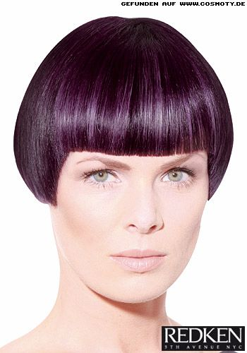 Frisuren-Bilder - KURZ - Kurzer Bob mit atemberaubender Farbe - COSMOTY.de