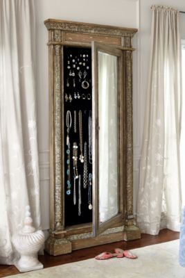Mirrored Jewel Safe -  This is so gorgeous and wonderful! I really would love to have one.