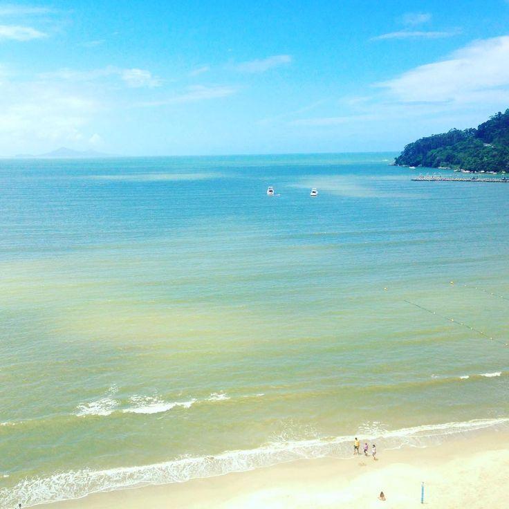 """1,167 curtidas, 23 comentários - ByNina (Carolina Carvalho) (@instabynina) no Instagram: """"Felicidade é praia, banho de mar. Felicidade é esquecer as horas, não saber que dia da semana é e…"""""""