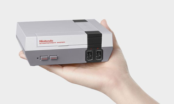 The Original Nintendo Entertainment System NES Returns, Only Smaller. I WANT ONE!!!