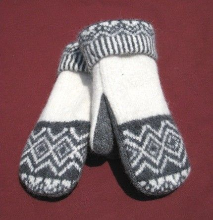 pattern for mittens made out of fleece | Felted Wool Sweater Mittens Fleece Lined Grey by CristinesMittens
