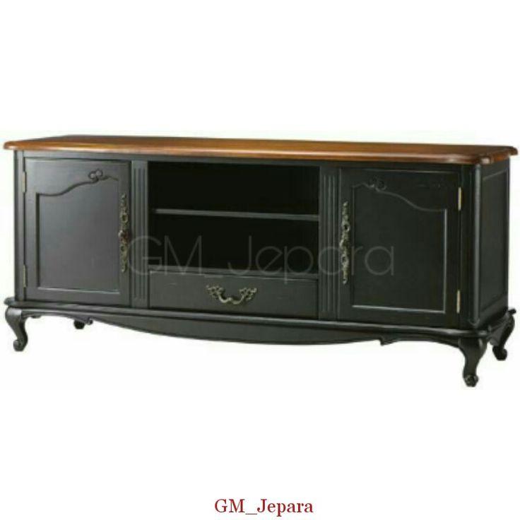 Bufet Tv Jati Minimalis Hitam memiliki tampilan anggun terbuat dari kayu mahoni yang kami sempurnakan dengan finushing hitam yang klasik.