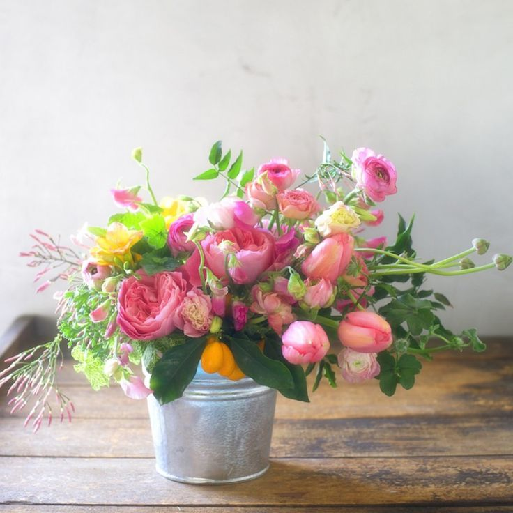 11 Beautiful Flower Bouquets to Celebrate the First Day of Spring  - CountryLiving.com