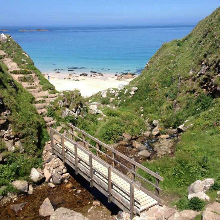 Leave me be, I'm at the beach today! Zennor, Cornwall...