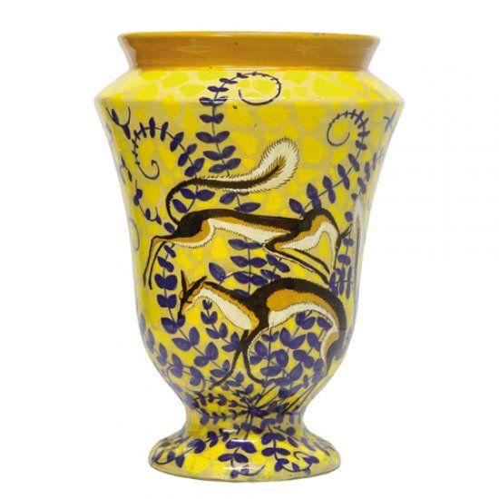 Vaso in ceramica, anni '20.  Marcato 6068 H e con il simbolo grafico della manifattura.  Altezza cm 32.