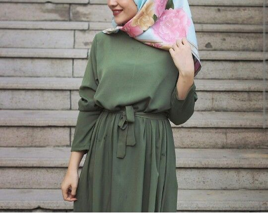 Floral hijab and Green Maxi Dress http://fancytemplestore.com
