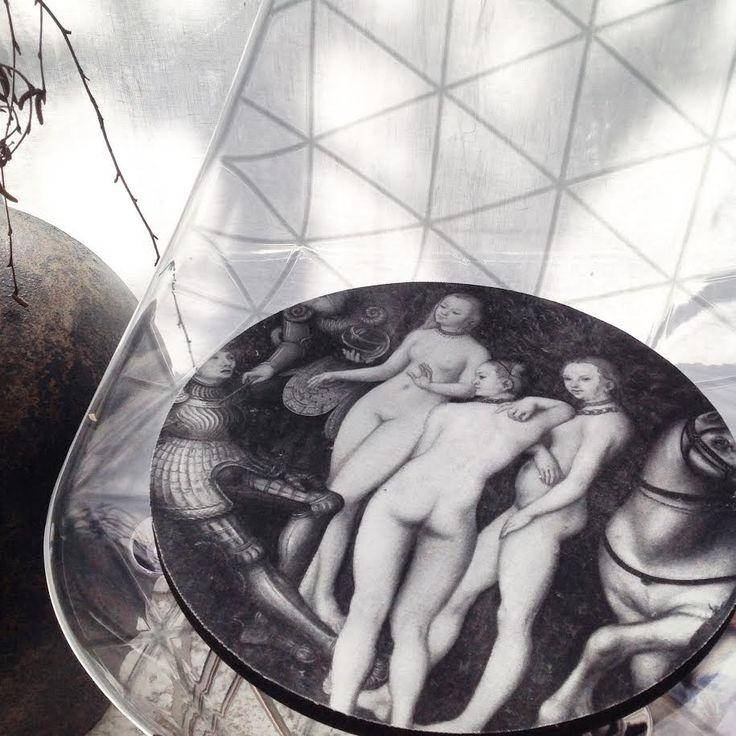 Foam Seat no. 6/siddehynde Ø36 The Judgement of Paris 1527 Design: B&M Images i samarbejde med Statens Museum for Kunst #art #seat #BMImages #monochrome #renaissance  www.houseofbk.com