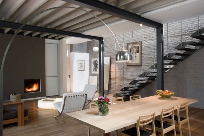 wohnbereich modern holz esstisch stehlampe eiche Maison