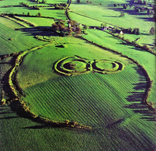 The Hill of Tara - Aislinn's birthplace and a royal site in ancient Ireland. But NOT indicated on Ptolomey's map.