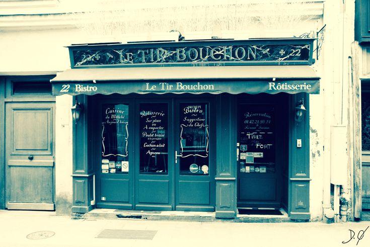 Voici ce que je viens d'ajouter dans ma boutique #etsy : fichier imprimable 13X18,A4,A3,le tire bouchon,restaurant bistrot paris ,gastronomie ,décor cuisine ,a imprimer . http://etsy.me/2CtB5fC #art #photographie #bleu #beige #downloadable #walldecor #printableart #fin