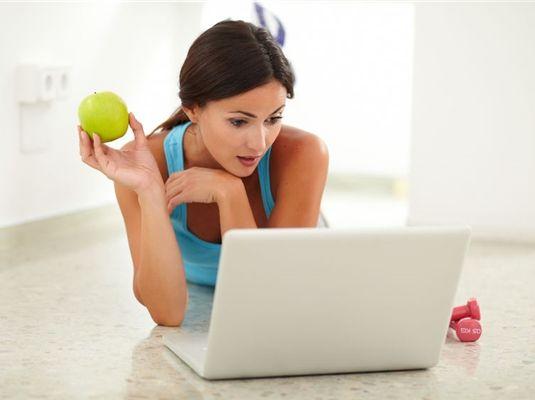 Te is próbálsz egészségesebben élni, de úgy érzed, hogy a rohanó mindennapokban elvesznek a dolgok? Segíthet a helyzeten az új ingyenes, online program, ami odafigyel helyetted az egészségedre.