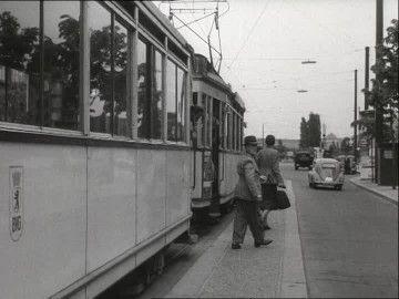 Haltestelle, Straßenbahn, Kriegsschaden, Öffentlicher Verkehr, Nachkriegszeit…