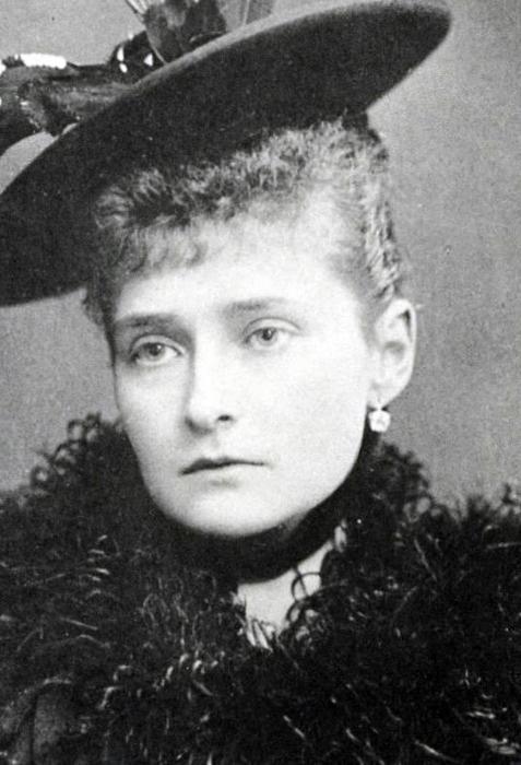 Alexandra Feodorovna Romanov | Nicholas and Alexandra ...