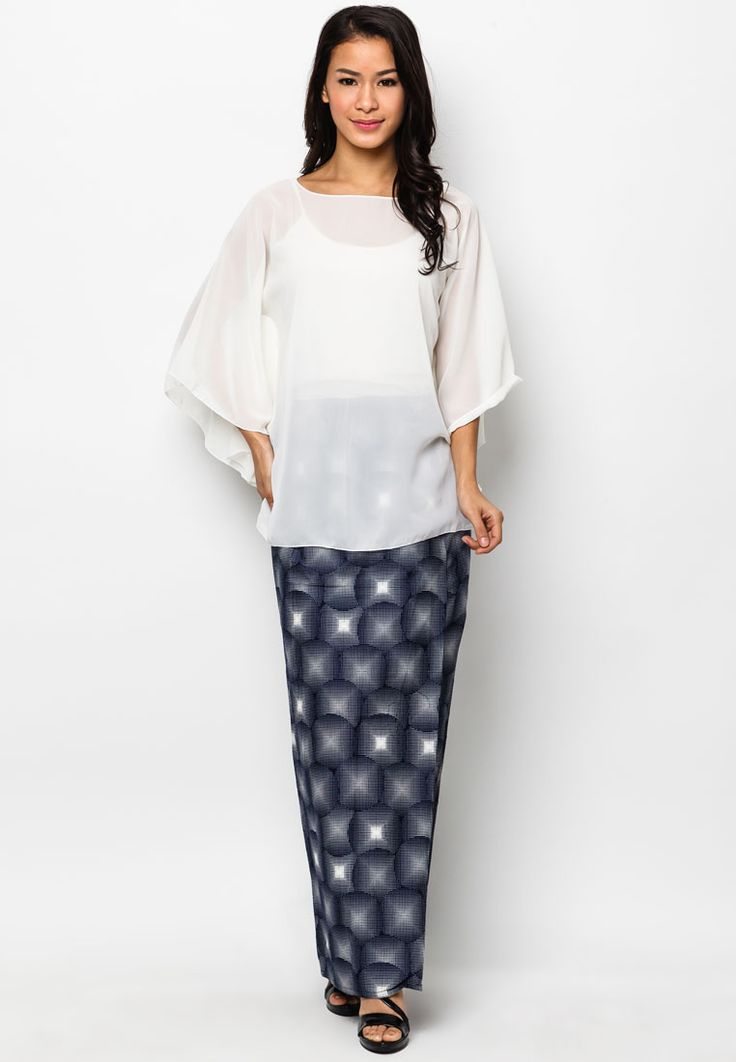 Off White Kaftan & Galaxy Dots Sarong by Azzara Cottons