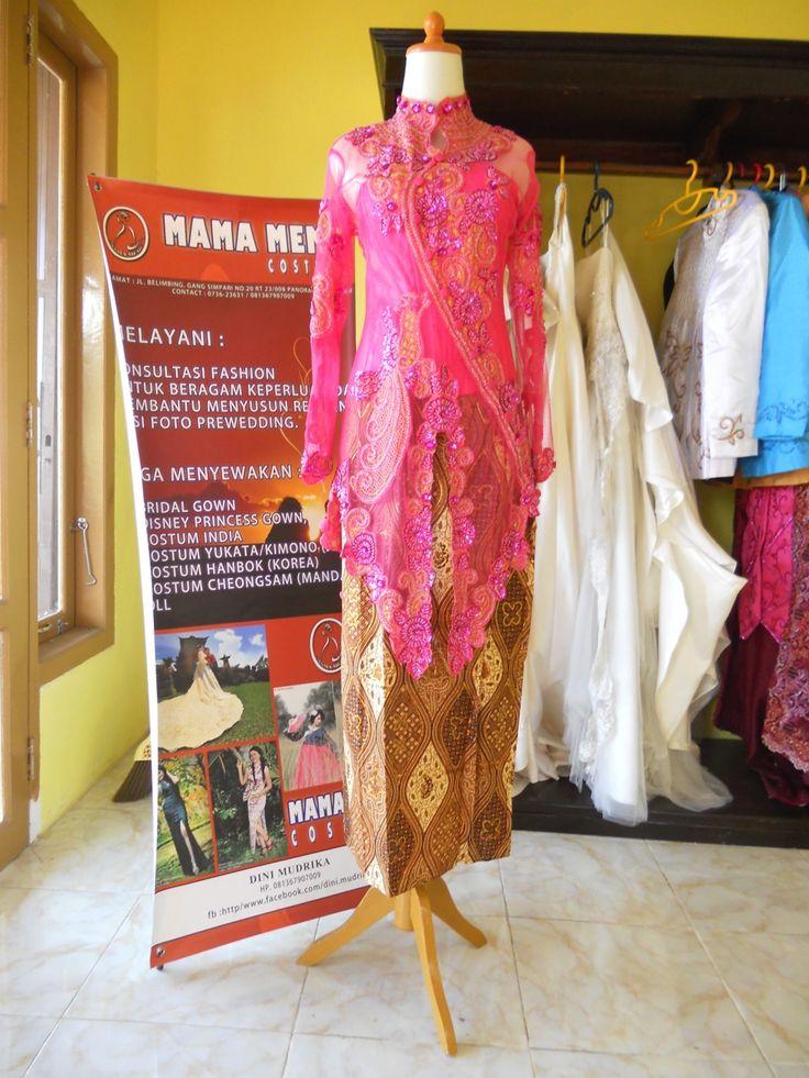 Kebaya Menceng Merah Djambu by Mama Meme Costume