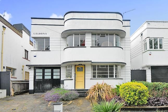 4 bed detached house for sale in Abbotshall Avenue, Southgate