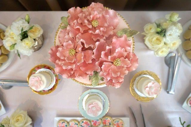 Mini cakes & sugar-flower topped jewel box cake from Bobbette & Belle in Toronto.