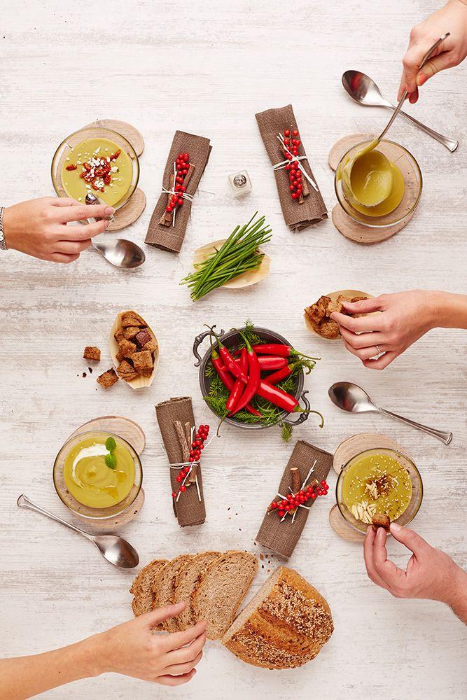 Vellutata di piselli e 4 differenti guarnizioni, per un pranzo di Natale vegetarano!