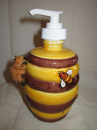 NEW CERAMIC 3D BUMBLE BEE HONEY BEAR KITCHEN SINK SOAP DISPENSER HOLDER PUMP