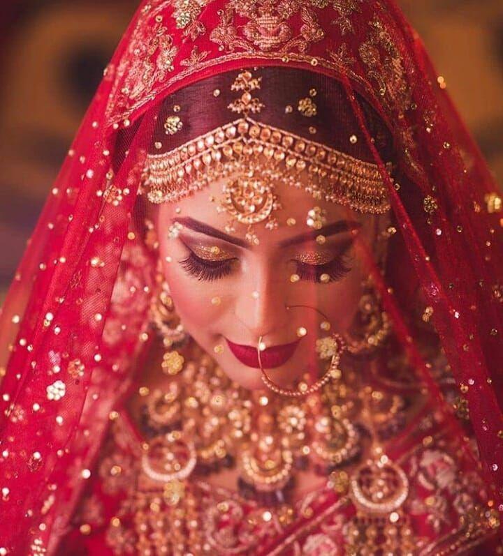 Red Veil Shot Bridal Photography Poses Bridal Dupatta Indian Wedding Bride