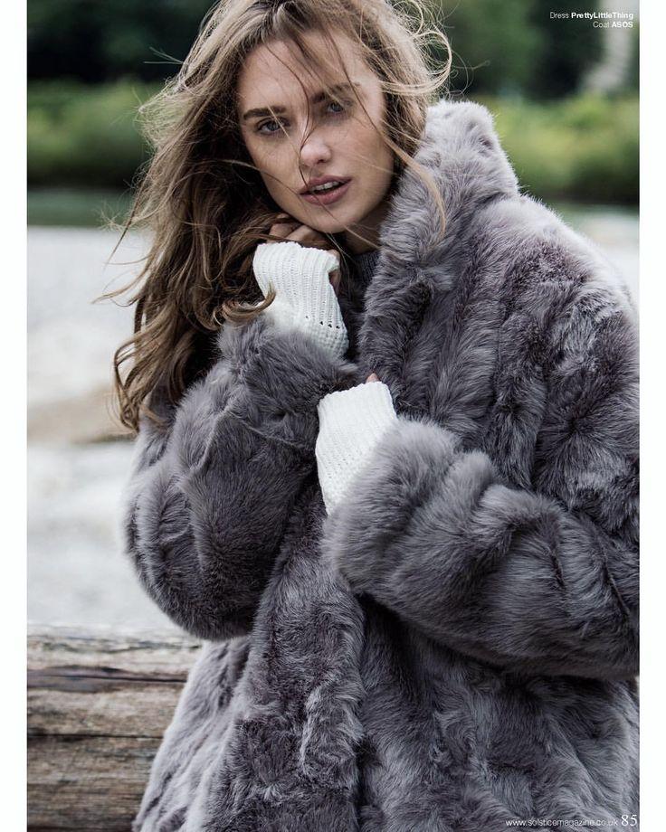 42 отметок «Нравится», 1 комментариев — Solstice Magazine (@solstice_mag) в Instagram: «'A Furry Tale ' is from Solstice Issue 15 Autumn/Winter Vol. 1 Photographer: @ronan_budec Stylist:…»