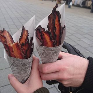 When it brought people together. | 18 Times Bacon Was Flawless In 2015