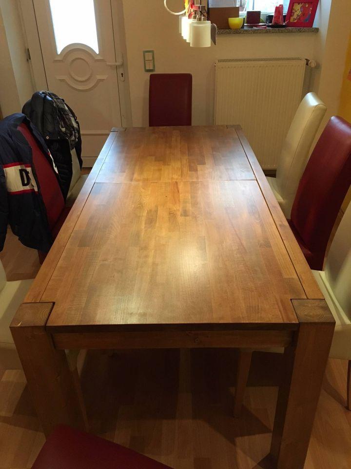 Esszimmertisch Spieltisch In Einem Esszimmertisch Spieltisch Tisch