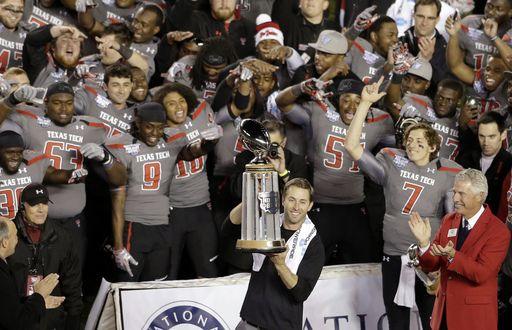 Can't wait for 2014!! Arizona State vs. Texas Tech - 2013-12-30 - NCAA College Football Score - SI.com