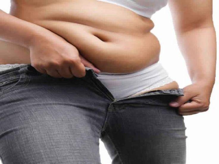Descubra como secar a barriga em apenas 1 dia. Conheça três maneiras infalíveis de reduzir a barriga em 24 horas sem fazer exercícios físicos.