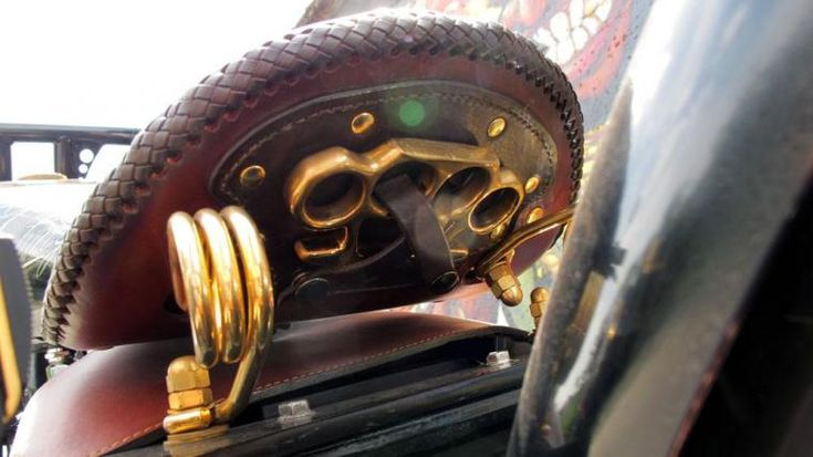 CustomMANIA: Harley-Davidson Softail Night Train
