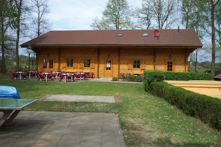 Large apex roof commercial log cabin