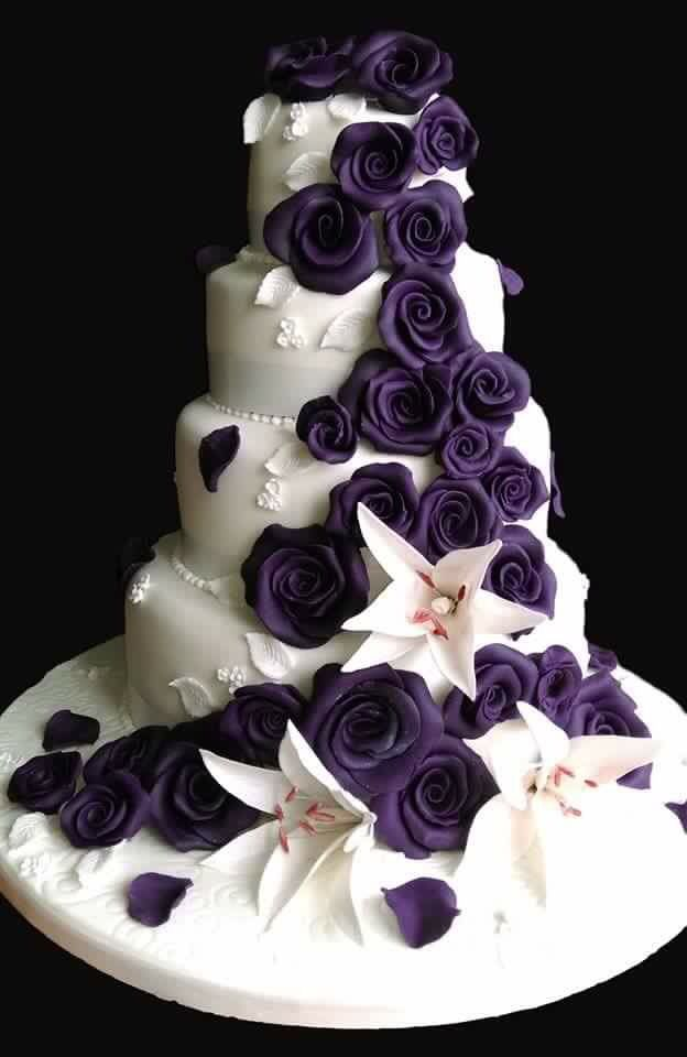 One of my favourite wedding cakes I've made. All hand made edible flowers.