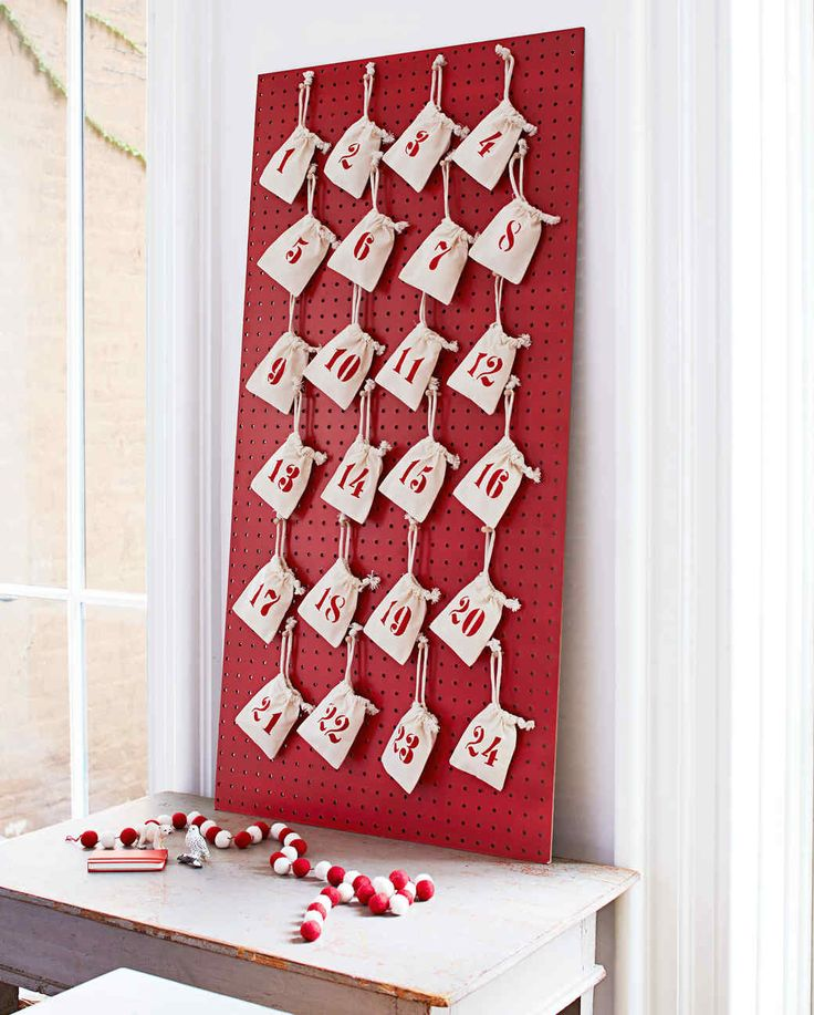 Pegboard Advent calendar using muslin bags