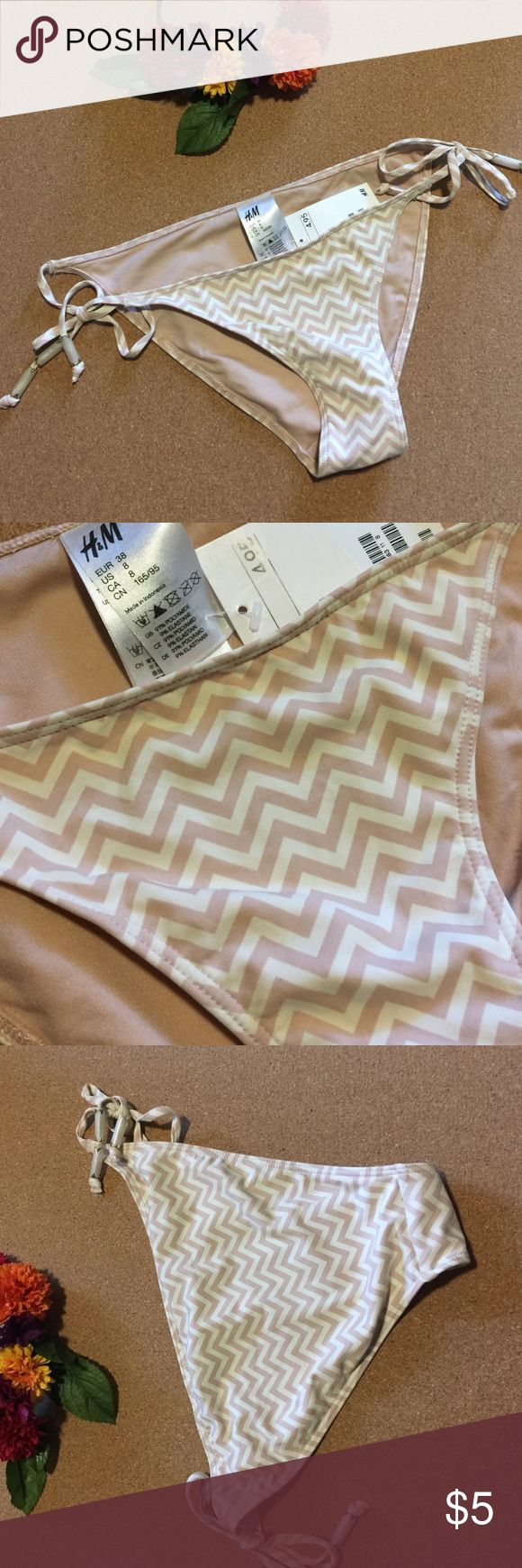 H&M bikini bottom is blush and cream chevron. 👙👙 H&M bikini bottoms in blush and cream chevron pattern. Ties on either side with cream and gold beading. Not a full bottom, more a Brazilian cut. Bundle this item with others to save! H&M Swim Bikinis