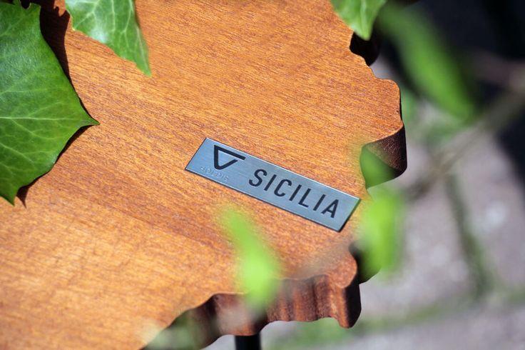 stolik-kawowy-Sicilia-meble-ogrodowe-mapa-detale-blat