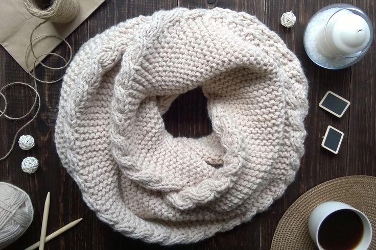 Knitted scarf Теплый, уютный шарф нежно-бежевого цвета, очень объемный и теплый  #шарф #длинныйшарф #вязание #спицами #knitting #осень #scarf #вязаниеназаказ #cables