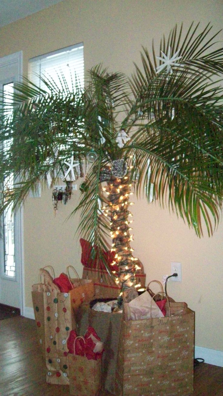 Tropical Themed Christmas Tree