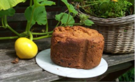 Tomaten-uienbrood Recepten voor de broodbakmachine, broodoven, traditionele oven en dieetrecepten
