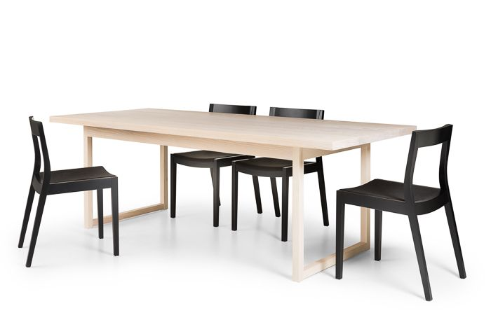 Aro ruokapöytä - Tuula Falk Collection - Peltola