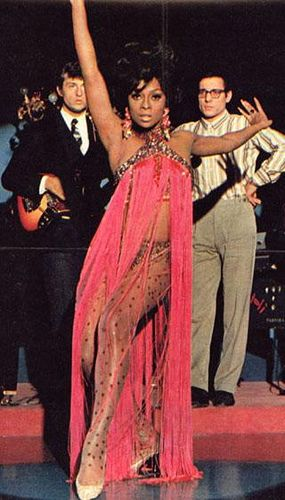 When i was a lili girl i wanted to b Lola Falana. Thats something new uve learned about me