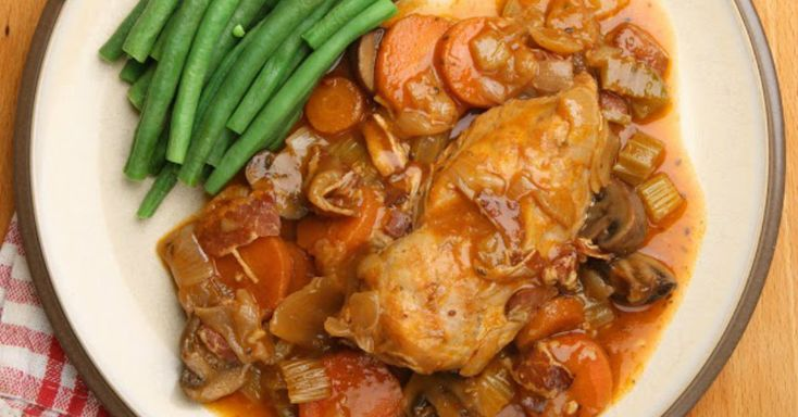 Fix-And-Forget Chicken Stew Makes A Great Dinner For Any Time Of Year