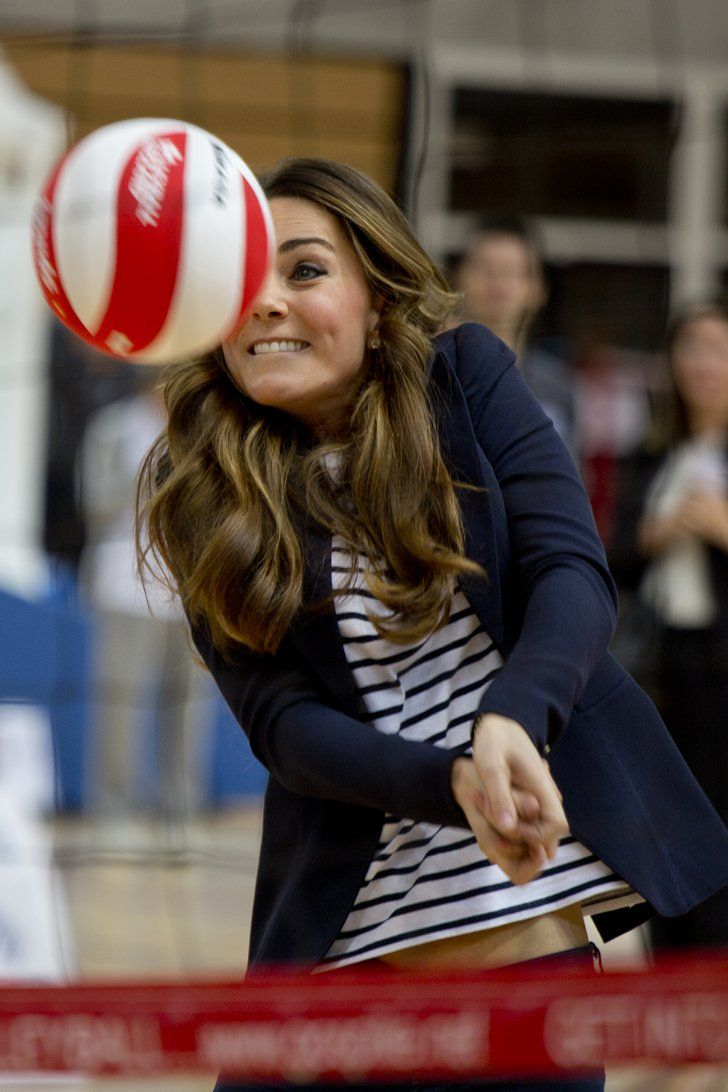 """Pin for Later: A Guide to What Is Really Going Through Kate Middleton's Mind """"Don't hit my face!"""""""