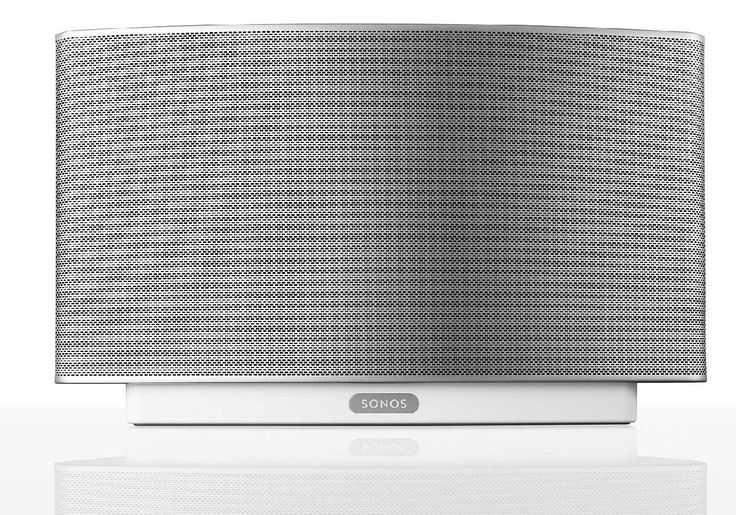 In Sonos Play 5 stecken neben fünf Verstärkern, zwei Hochtöner, zwei 3-Zoll-Mitteltöner und ein 3,5-Zoll-Subwoofer.