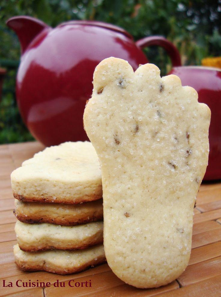 Ingrédients pour une vingtaine de biscuits :      300g de farine type 65   100g de sucre   80g d'huile d'olive   2 œufs   2 cuillère...