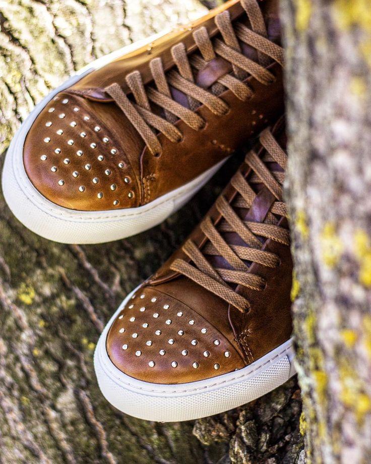 We ❤️ rivets. #sally  #washedrocks #wrocksfootwear #footwear #shoes #sneakers #sneakerfreak #sneakerhead #patterns #silver #urbanwear #urbanstyle #streetstyle #streetwear #fashion #instafashion #picoftheday #photooftheday #londonfashion  #parisfashion  #berlinfashion #milanfashion #newyorkfashion #fashionstreet #fashionhunter  #topshopstyle #alternativefashion #alternativeboots