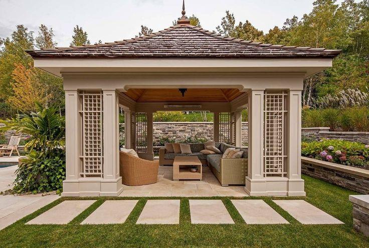 Решетки для беседки: особенности конструкций и 75 вдохновляющих идей для вашего сада http://happymodern.ru/reshetki-dlya-besedki-foto/ Решетка паз-в-паз в оформлении беседки люкс-класса