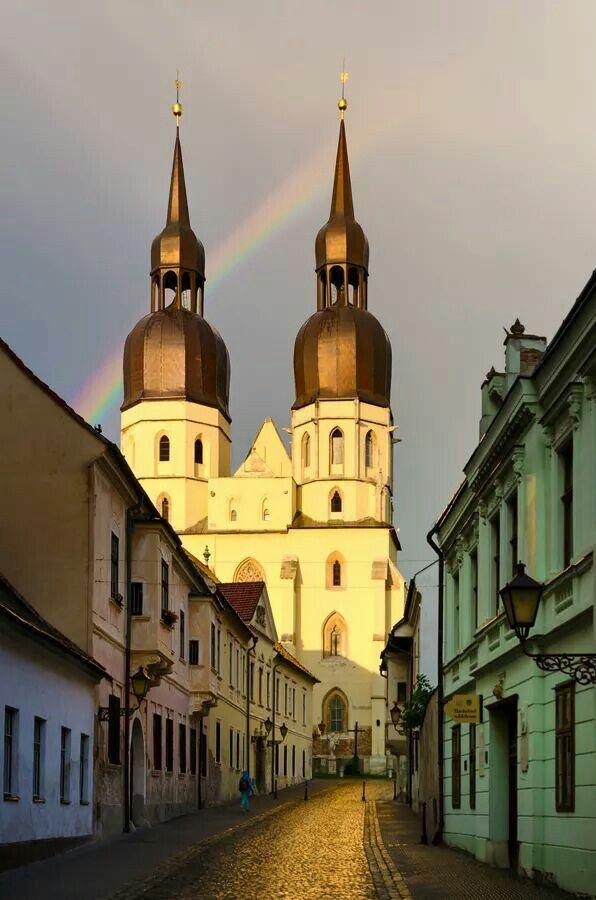 Zdielane f. Trnava-Slovakia. Foto: Matúš Koprda